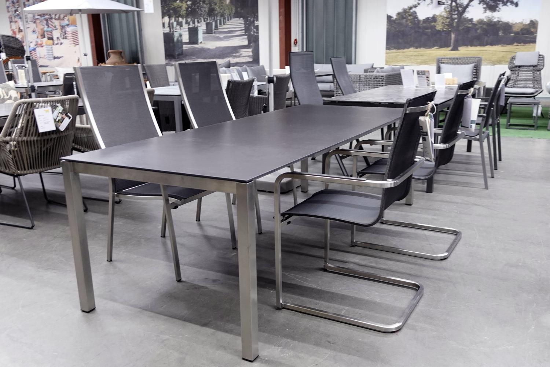 Tisch Piutavolo-Dekton von Gartenmoebel-NRW